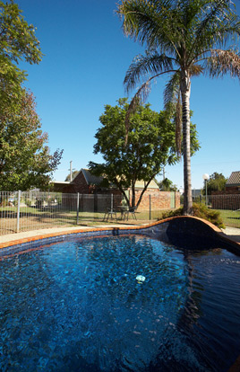 Belvoir Village Motel Wodonga Swimming Pool